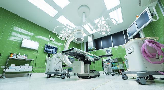 5 Gründe, warum Sie nur zu akkreditierten Chirurgen gehen sollten.